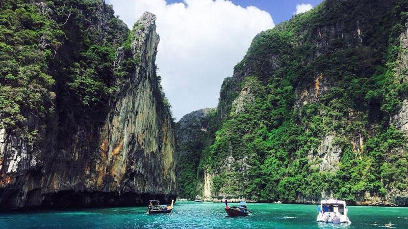 7 Tempat Wisata Unik Dan Terindah Di Dunia