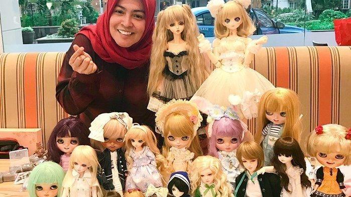 Misteri boneka koleksi Astrid Kuya