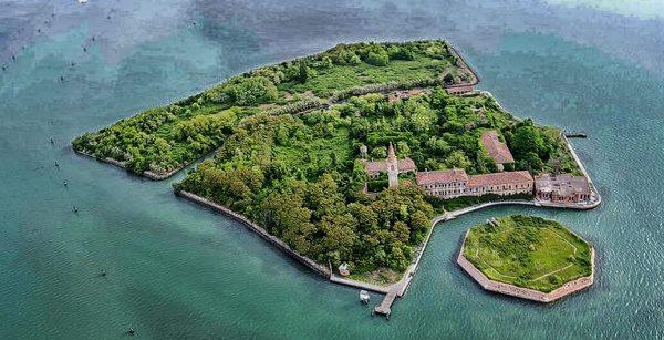 Pulau Poveglia di Italia